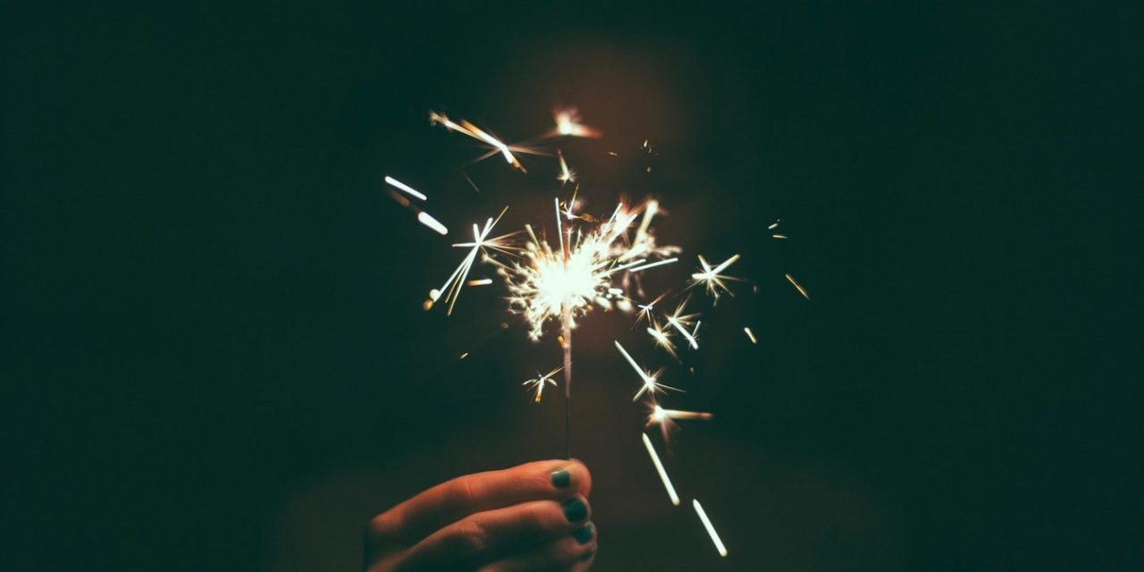 How To Stick To New Year's Resolutions: 9 Tips [Smart & Sure Ways]